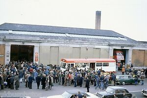 London-Transport-RT-Finale-Day-BARKING-FORECOURT-7th-April-1979-Bus-Photo