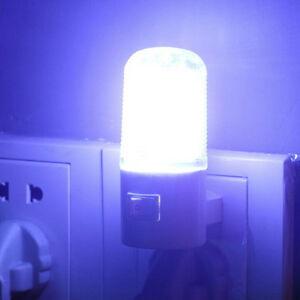 LED-Wandmontage-Sicherheit-Schlafzimmer-Nacht-Lampe-Licht-Stecker-Birne-X-amp-M