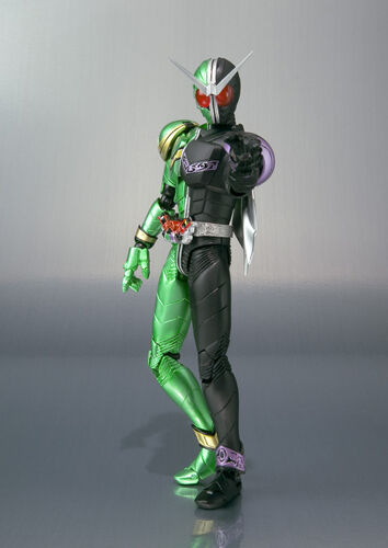 FROM JAPAN S.H.Figuarts Kamen Rider W Cyclone Joker Action Figure Bandai