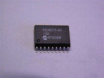 Microchip PIC16C711-04I//P Microcontrôleur 8-bit DIP18