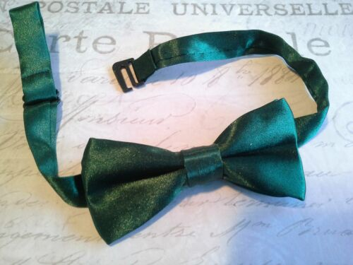 boys childrens bowtie bow tie adjustable christmas baby toddler chevron red