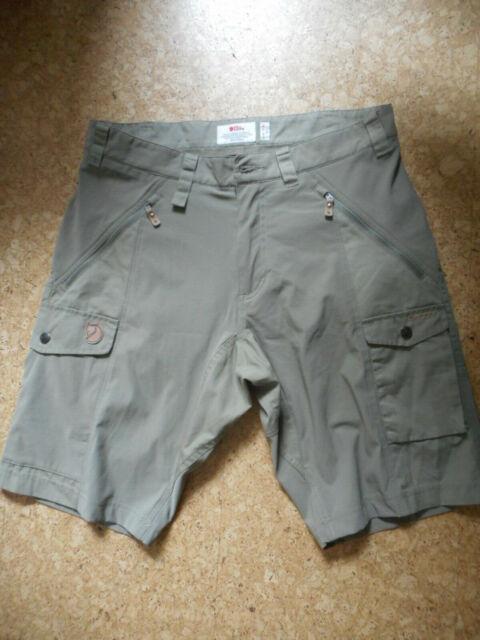 FJALLRAVEN Abisko G-1000 light green men's shorts size 48