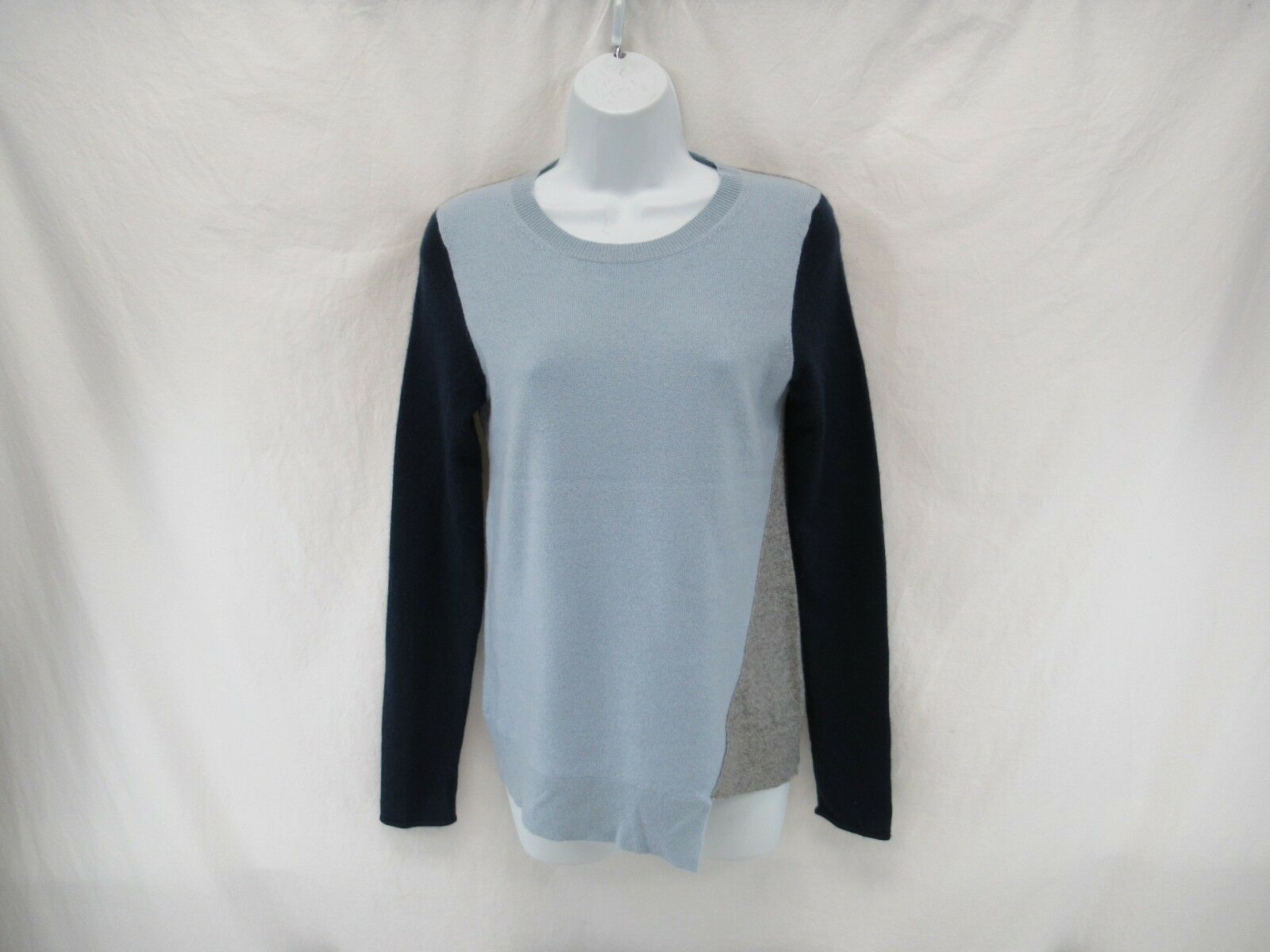 C by Bloomingdale's 100% 2-Ply Cashmere Sweater Women's Size M   C98