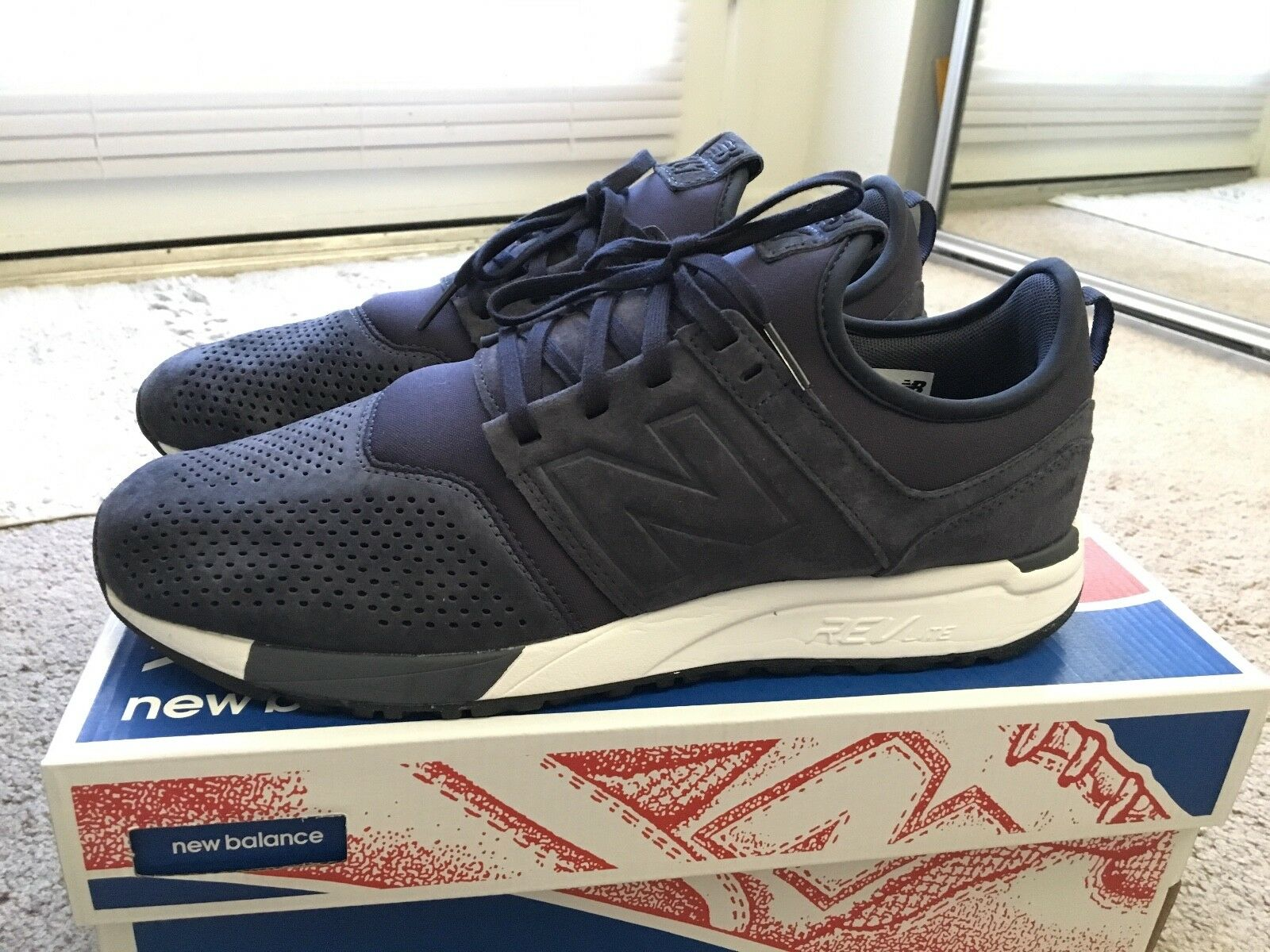 New Balance limited edition, navy color, men, size 10 1 2 USA