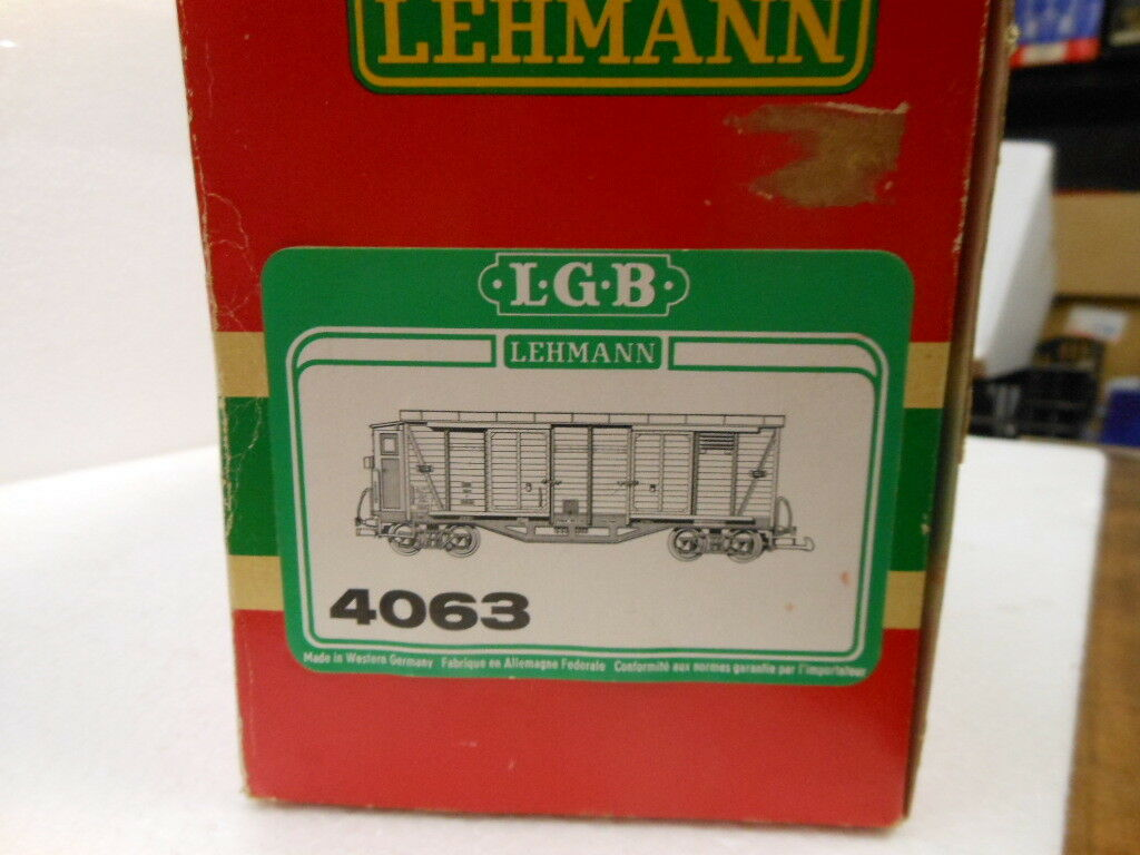 LGB G Scale Scale Scale 4063 Wood Box Car with Brakeman Hut 8cd116
