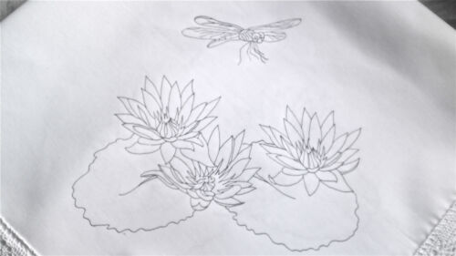 Printed Tablecloth to embroider Waterlily /& Dragonfly lace edge cotton CSOO49