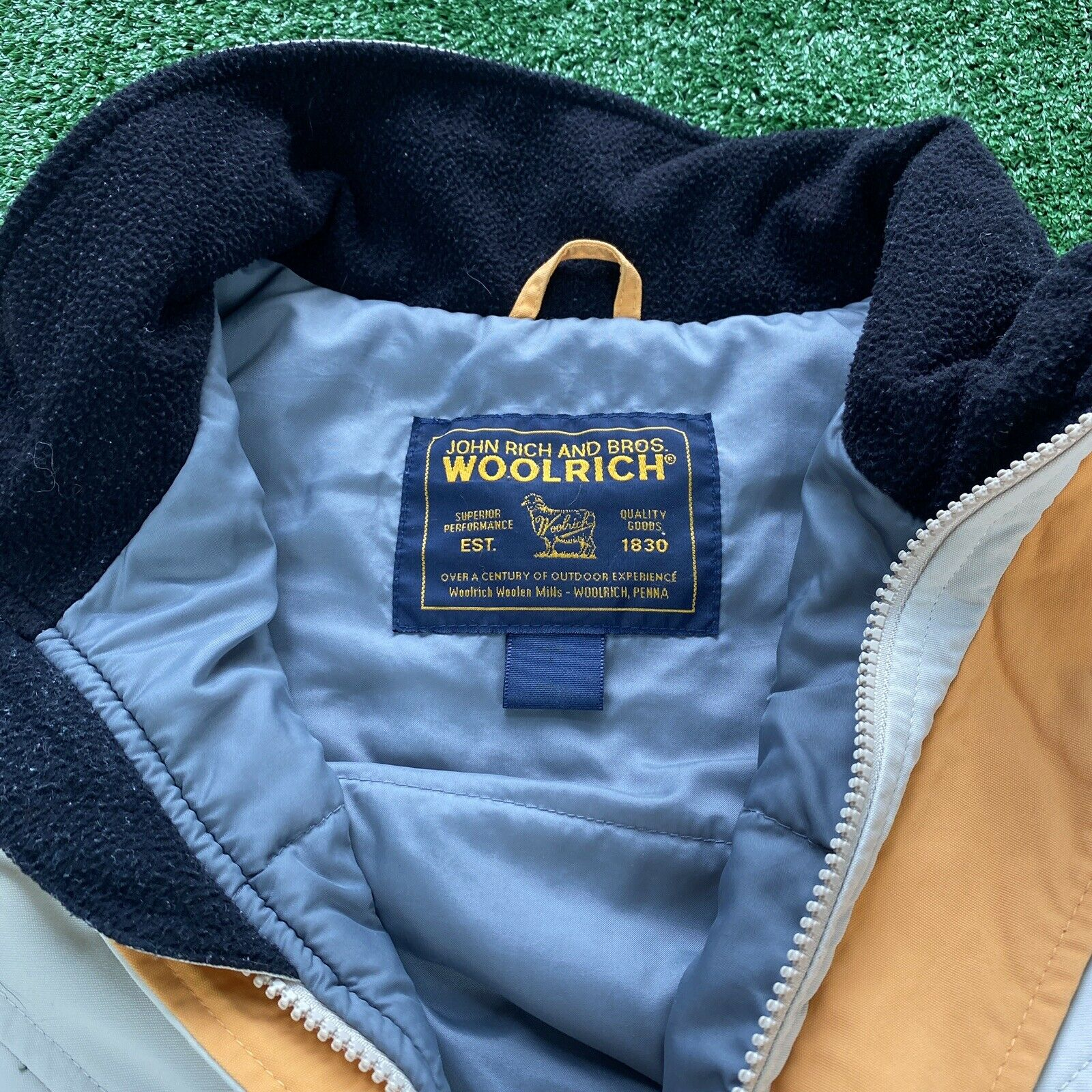 Vintage John Rich And Bros Woolrich Jacket Size L… - image 2