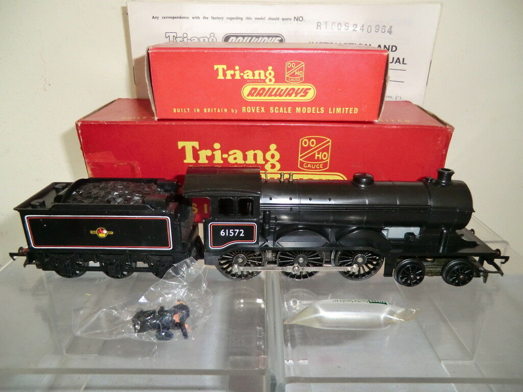 TRI-ANG RAILWAYS MODEL No.R150S   R39 BR CLASS B12 4-6-0 LOCO+SMOKE VN MIB