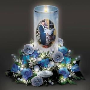 Elvis-034-Blue-Christmas-034-Illuminated-Musical-Flameless-Candle-New