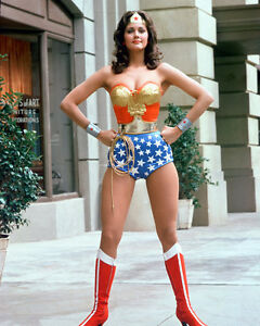 LYNDA-CARTER-WONDER-WOMAN-8X10-COLOR-PHOTO-FULL-LENGTH