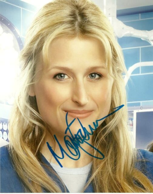 Emily Owens MD Mamie Gummer Autographed Signed 8x10 Photo COA