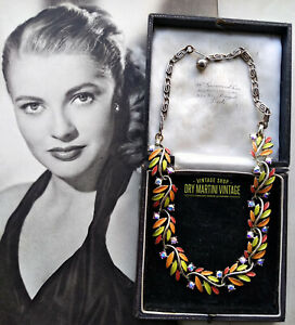 VINTAGE-1950s-SIGNED-LISNER-SWAROVSKI-CRYSTAL-ENAMEL-NECKLACE-BRIDAL-UNIQUE-GIFT