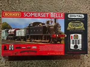 Hornby-R1125-Digital-Somerset-Belle-Electric-Train-Set-OO-Gauge-DCC-Fitted-NEW