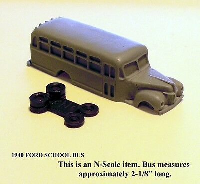 Outland Models Railroad Scenery School Bus with Kids and Parents N Scale 1:160