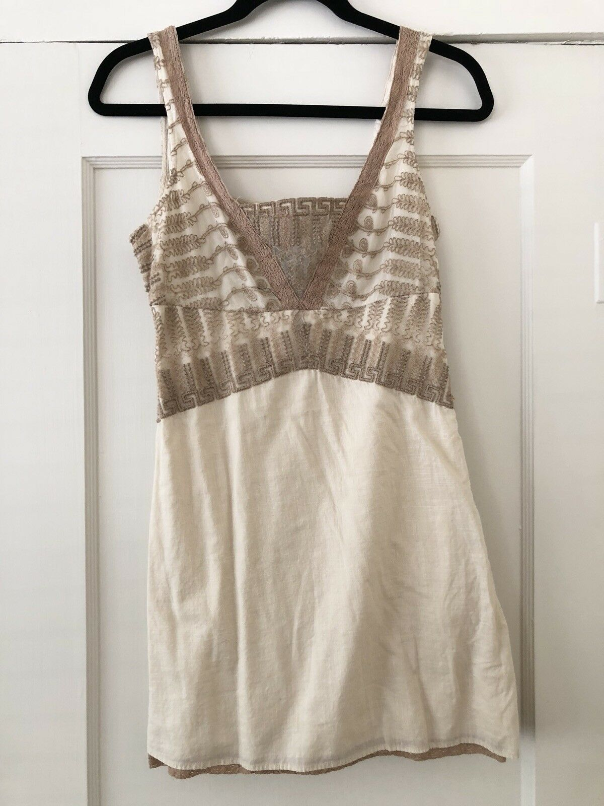 132bfb64767 FREE PEOPLE Off White and Beige Embroidered Embroidered Embroidered  Sleeveless Dress Tunic - Size 4 140dfa