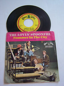 SP-2-TITRES-VINYL-45-T-THE-LOVIN-039-SPOONFUL-SUMMER-IN-THE-CITY-VG-EX