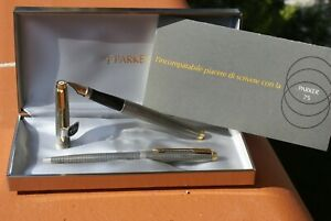 SUPERBE parure de stylos (plume 14kts et bille) PARKER 75 argent massif ciselé