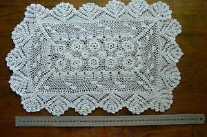 Vintage-CROCHET-CENTRE-Cotton-IVORY-Rectangle-Approx-31x49cm-LF