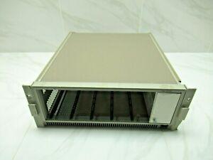 Tektronix TM5006 Mainframe, Option 10, with rackmount rails