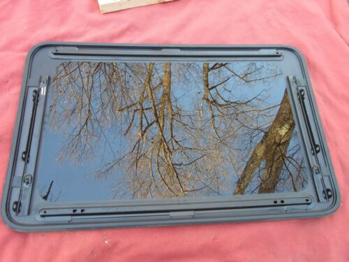 2009 CHEVY MALIBU OEM FACTORY YEAR SPECIFIC SUNROOF GLASS  FREE SHIPPING!
