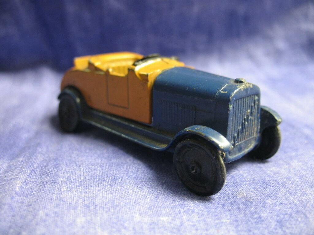 Very Nice Vintage 1920s Tootsie Toy Cadillac Roadster bluee & gold  26