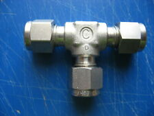 """Lot of 5 Swagelok SS-400-3 Stainless Steel Tee Union Fitting 1//4/"""" x 1//4/"""" 1//4/"""""""