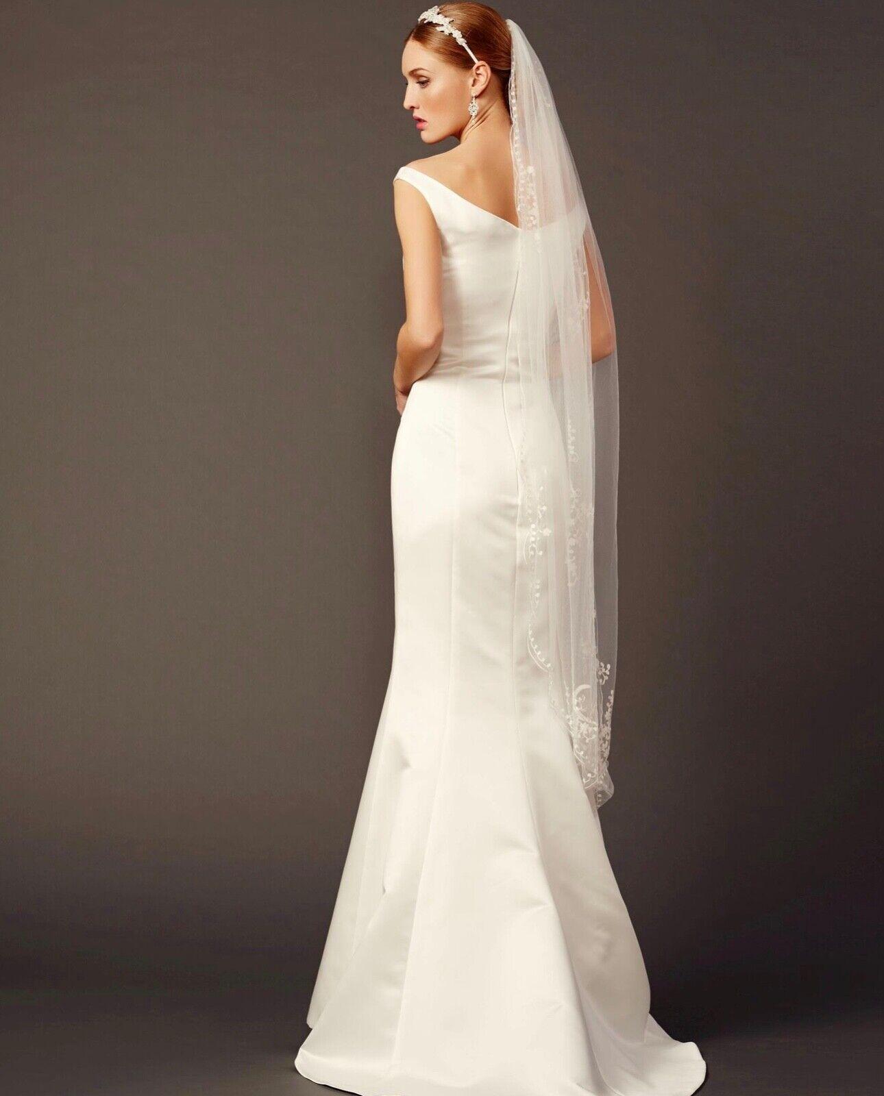 Lilly Brautkleid Gelinlik Hochzeitskleid Satin Ivory 36 mit Strassgürtel