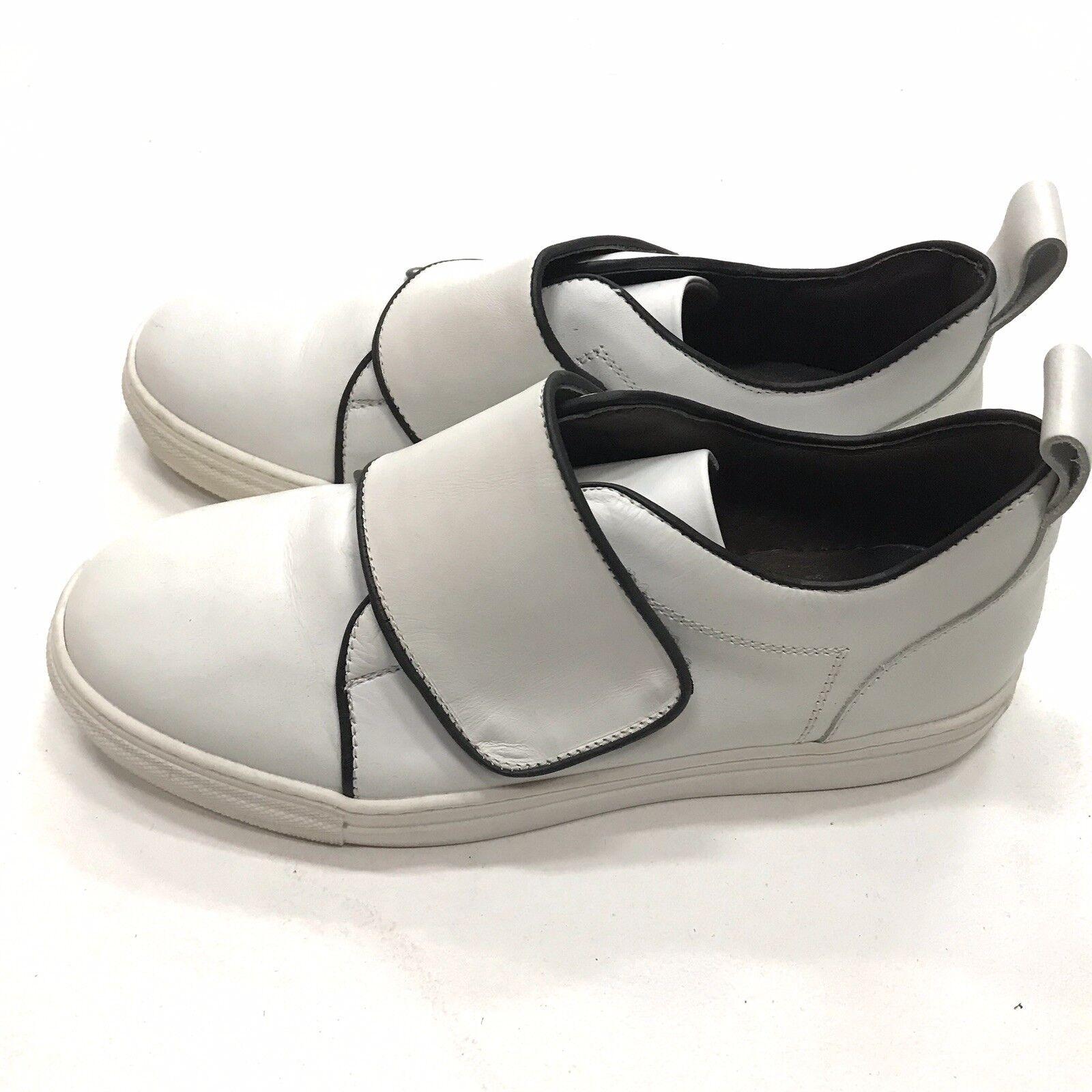 BARNEYS NEW YORK White Leather Loafer-Sneaker Euro39 Size9