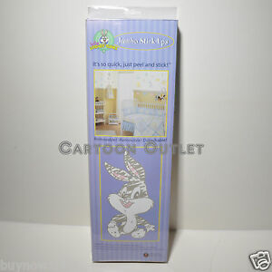 Looney tunes baby wall stickers wall decorations 25 room for Baby looney tune decoration