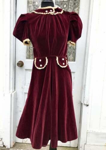1940s 1930s Berry Velvet Juniors Day Dress Puff Sl