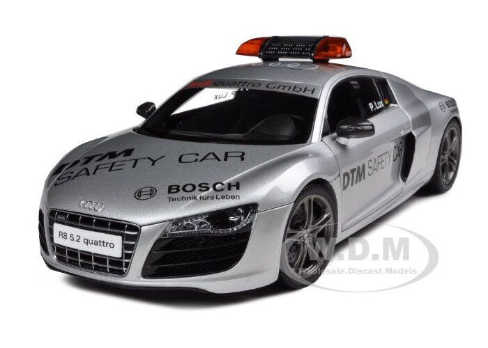 Audi R8 V10 5.2 Fsi 2010 Safety Car 1 18 Diecast Model Car By Kyosho 09216