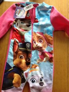 All In One Nightwear Taille 11/2-2 Ans-paw Patrol Rose Mélange Chaud & Cosy Neuf-afficher Le Titre D'origine