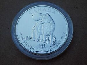 2011-Canadian-Wildlife-Series-Timber-Wolf-9999-Silver-UNC-in-holder