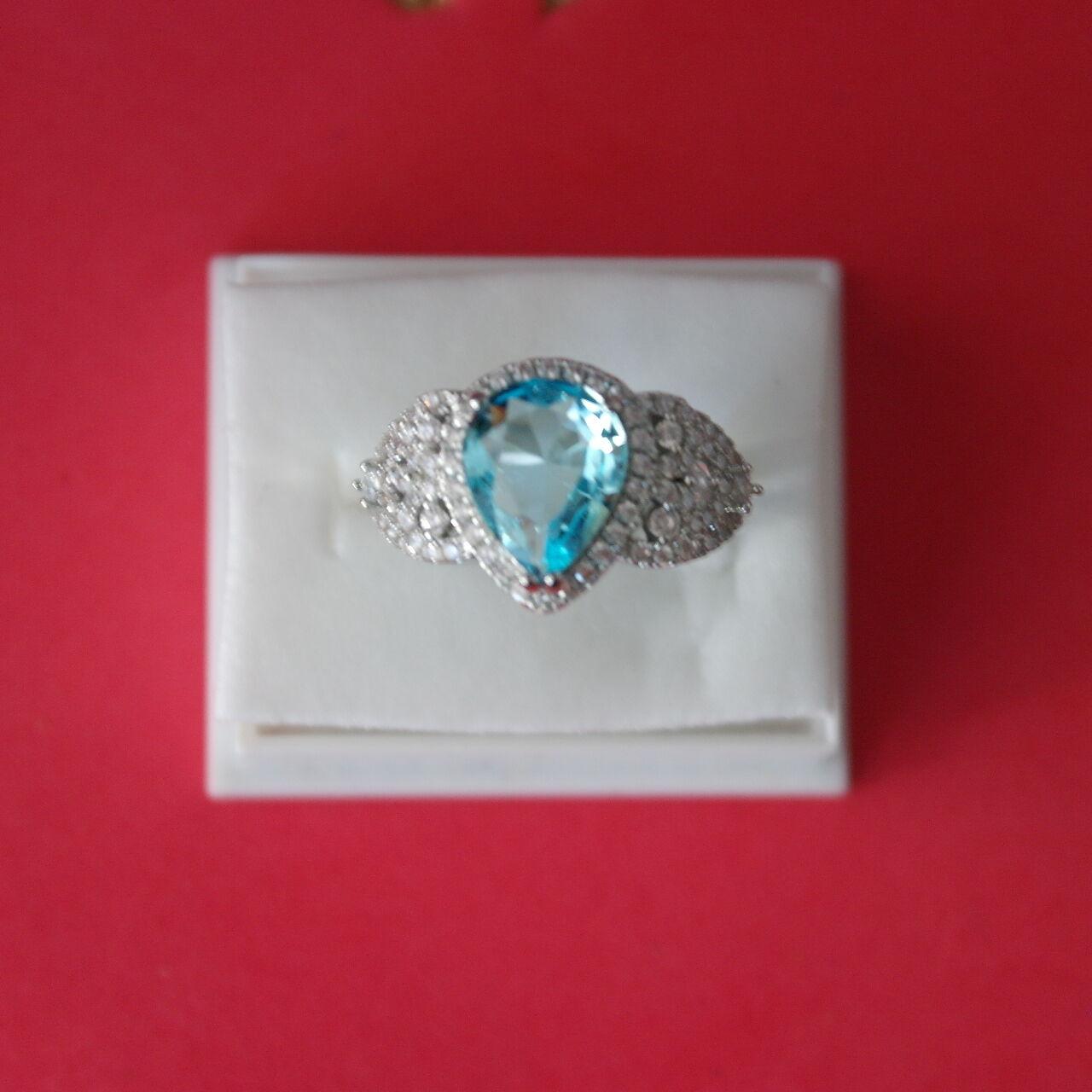Fine Jewelry Gemstone 14k Massiccio Nero Bianco Zaffiro Cuore Corona Set Levetta Posteriore