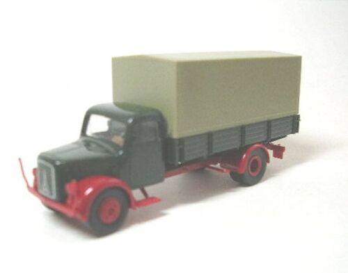 tannengrün Magirus  S 3500