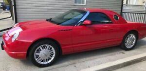 2002 Ford Thunderbird 007 Edition
