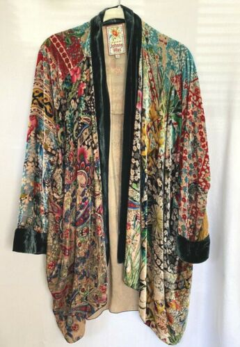 Johnny Was Beautiful Velvet Hummingbird Kimono XS
