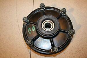 Yamaha-FZS600-Fazer-RJ021-5DM-2000-2001-Kettenradaufnahme-Kettenradtraeger