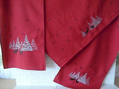 Tischdecke, Tischläufer, Mitteldecke, Weihnachten, Rot, Winterwald, Stickerei