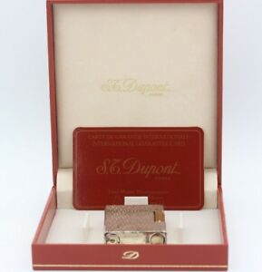 S-T-Dupont-No-1359-Silber-mit-Wellenmuster-c061804