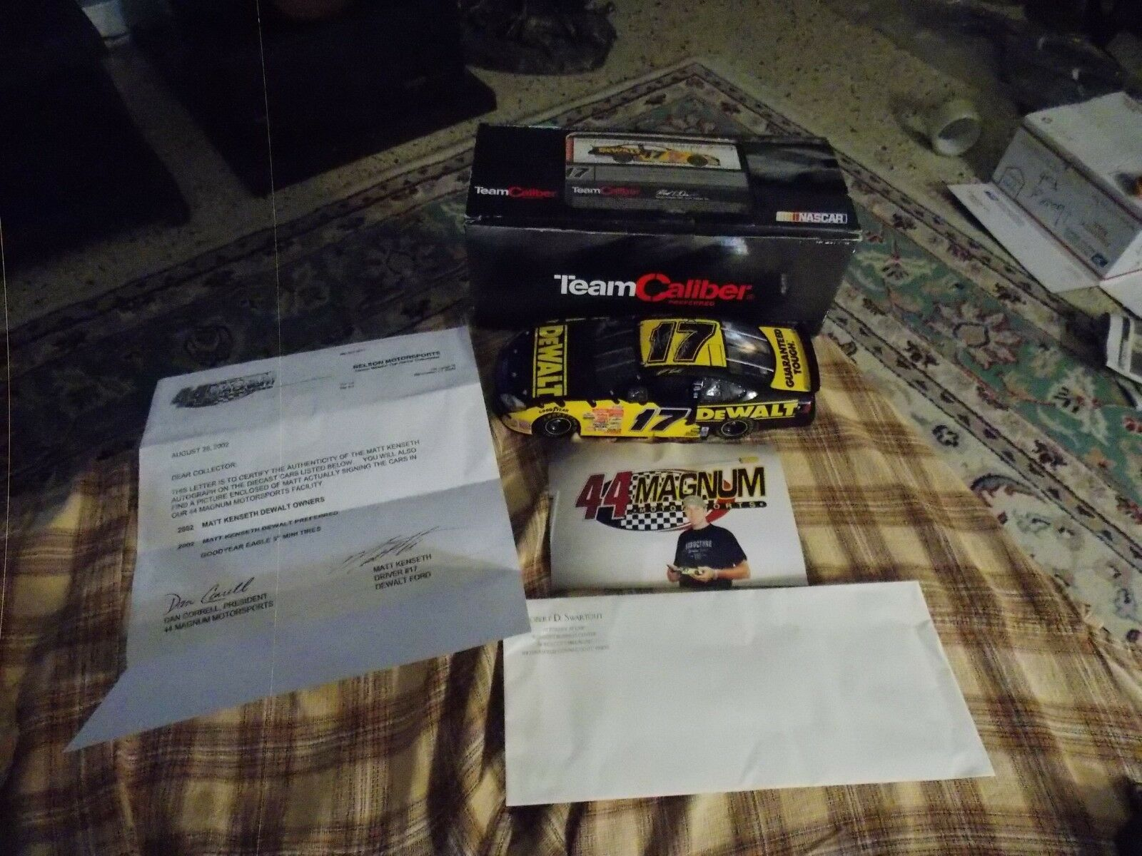 Autographed MATT KENSETH Team Caliber DeWALT Diecast Collector 8.5  NIB VG