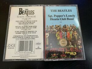 Lot-of-2-BEATLES-cassettes-Sgt-Pepper-039-s-Lonely-Past-Masters-Vol-1-and-2
