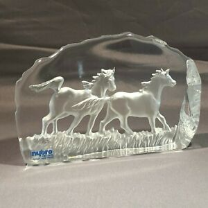 Nybro-Sweden-Frosted-amp-Clear-Glass-Horse-Horses-Sculpture-Paperweight-Mint