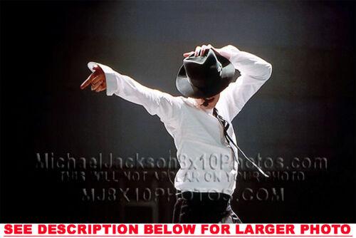 MICHAEL JACKSON STRIKE A POSE @VM AWARDS 1RAR8x10 PHOTO