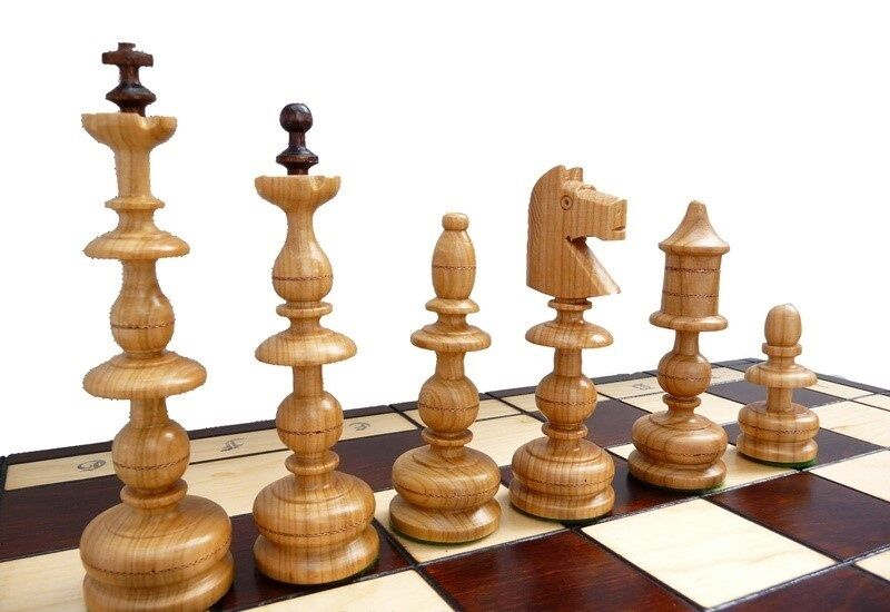 Sehr großes Schach old polish Schachspiel 58 X 58 Schachbrett Holz
