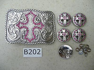 B202 New Pink Rhinestone Cross Engraved Western Cowgirl Belt Buckle /& 5 Conchos