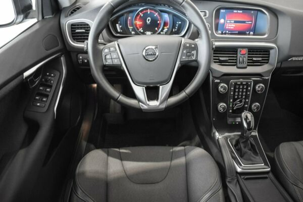 Volvo V40 CC 2,0 D3 150 Momentum aut. billede 5
