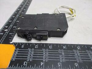Square D 20 Amp Circuit Breaker QOB #14-#8 AWG Series 2 10kA 120V 60Hz