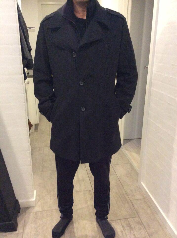 Frakke, str. L, Matinique – dba.dk – Køb og Salg af Nyt og Brugt