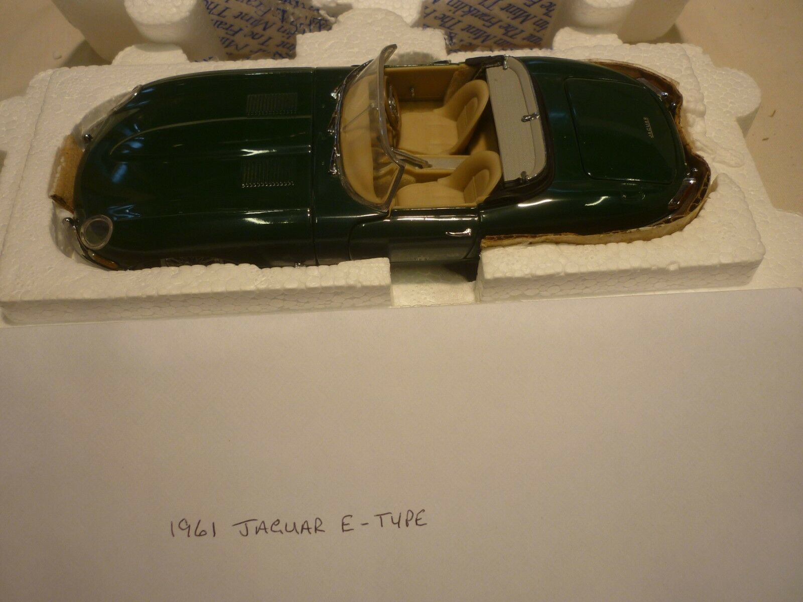 diseños exclusivos Un modelo de escala Franklin Mint de un 1961 JAGUAR JAGUAR JAGUAR XKE Roadster, En Caja, Papeles  nuevo listado